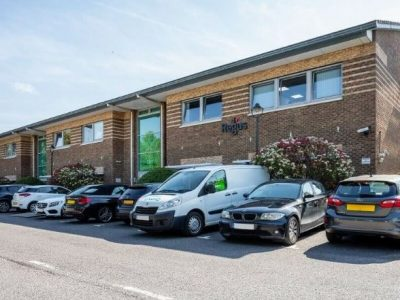 1 Desk serviced office to rent at Oxford, Business Park North
