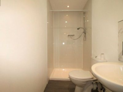 Studio Available to rent in Edgware Road, NW9