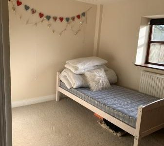 Room for rent in rural location