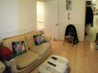 AIRY 1 DOUBLE BEDROOM APARTMENT AND STEPNEY GREEN, E1, LIGHT CLOSE TO MILE END STATION