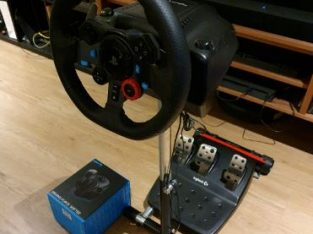 Logitech G29 with shifter and Wheel Stand Pro