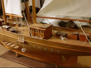Large model wooden boat