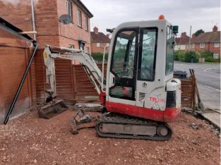 Takeuchi tb016 mini digger 2011 no vat