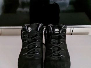 BlackTimberland boots size 9