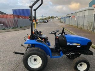 NEWHOLLAND TC24D COMPACT TRACTOR,24HP,4×4,IMMACULATE CONDITION NO VAT