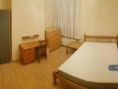 1 bedroom in South Ealing Road, London, W5 (#868747)