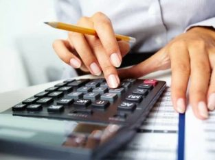 We have Experienced Bookkeeper Available