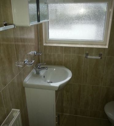 MODERN ONE BEDROOM FLAT, FURNISHED, BILLS ARE NOT INCLUDED -£230 WEEK, 015M-TOP- BOUNDS GREEN
