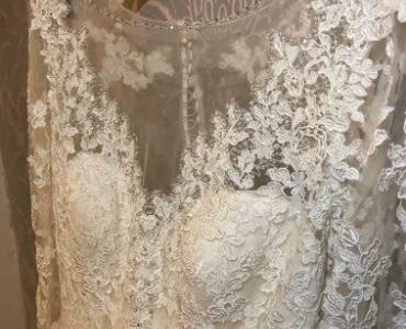 Wedding dress Size 12/14 Ivory