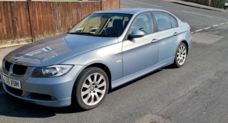 BMW for sale E90 – 320 i Blue colour