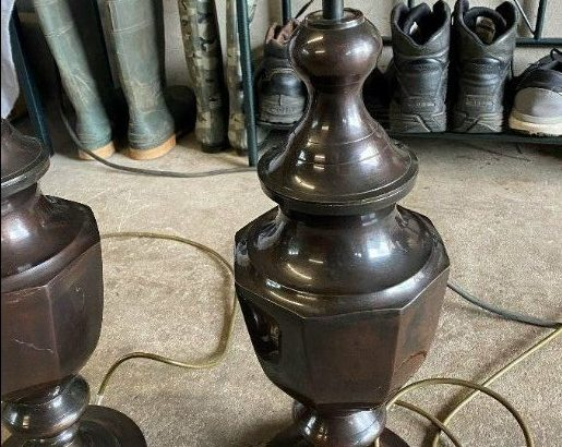 Very good condition. Metal lamps ,Pair of Bronze