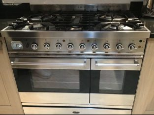 Dual fuel multifunctionl Britannia Cooker